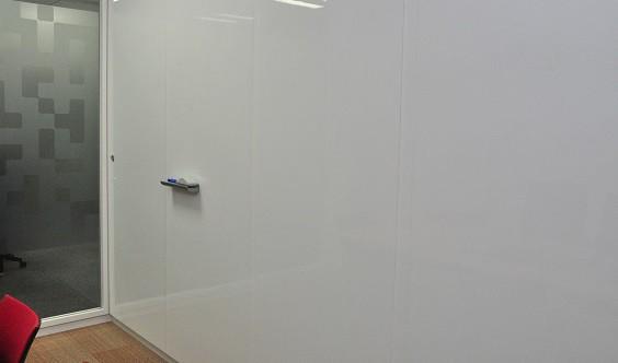 壁全面ホワイトボード